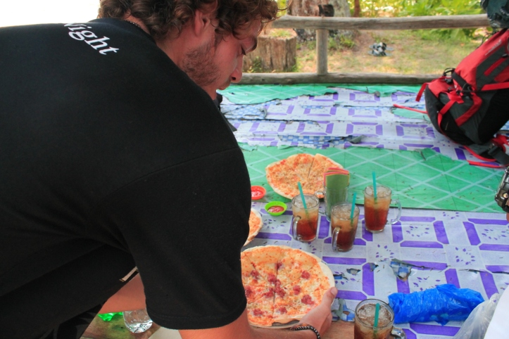 Mas Mas Ganteng Owner Pizzeria Caza Italia